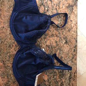 Chantelle bra navy 36 c New France